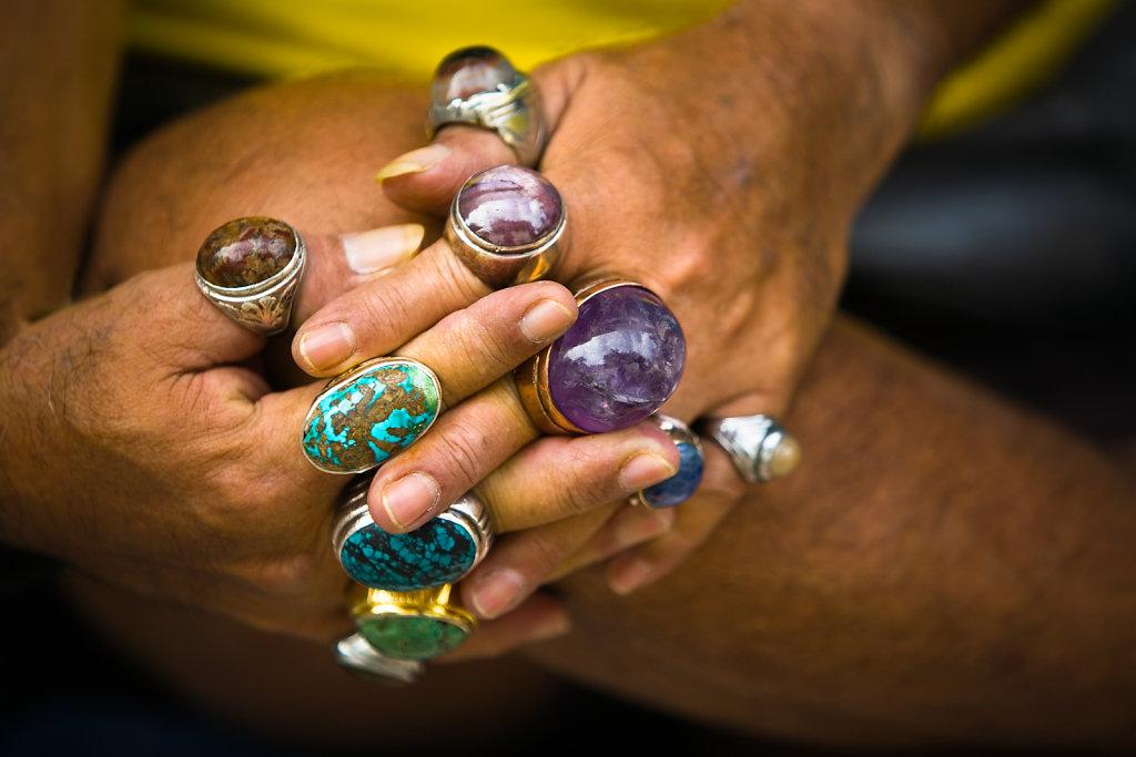 Ring Seller's hands, Singapore